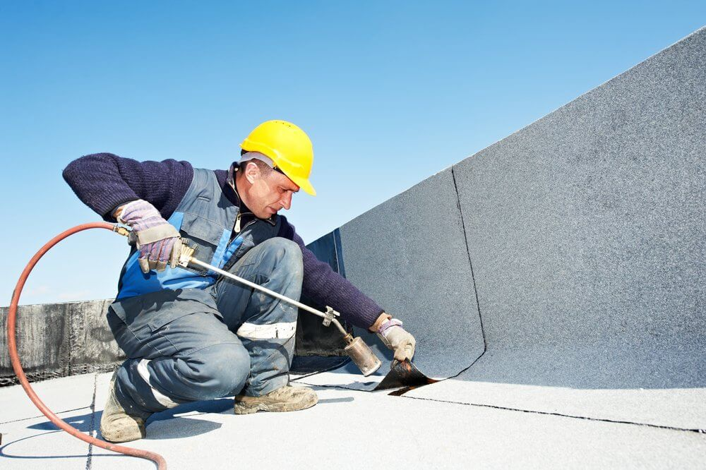 commercial contractor on brampton roof